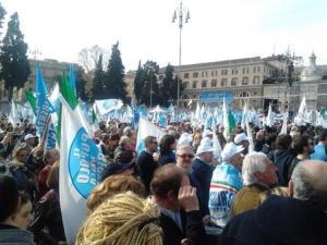 Manifestazione-Pdl-in-piazza-del-Popolo_full