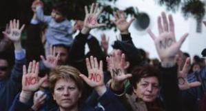 proteste-cipro-contro-225546_tn
