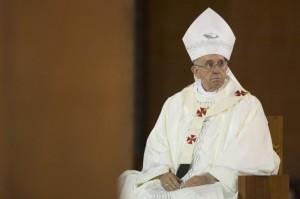 Papa-Francesco-contro-le-droghe-leggere-4-770x513