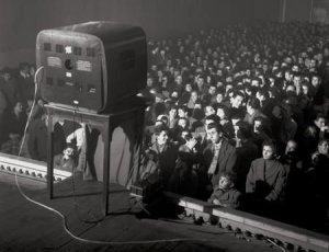Televisione_in_cinema_per_Lascia_o_Raddoppia