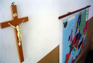 Crocifisso-a-scuola-obbligatorio
