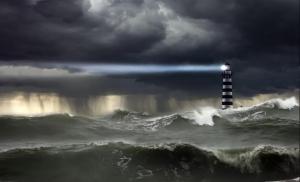faro nella tempesta