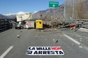 l43-protesta-120229163435_medium