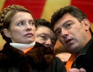 Nemcov accanto alla Thimoshenko