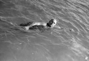 Mussolini nuota a Roma - 1934