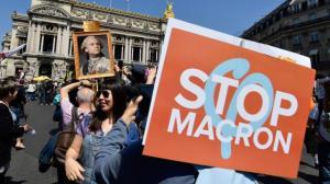 direct-la-fete-macron-des-milliers-de-manifestants-attendus-paris